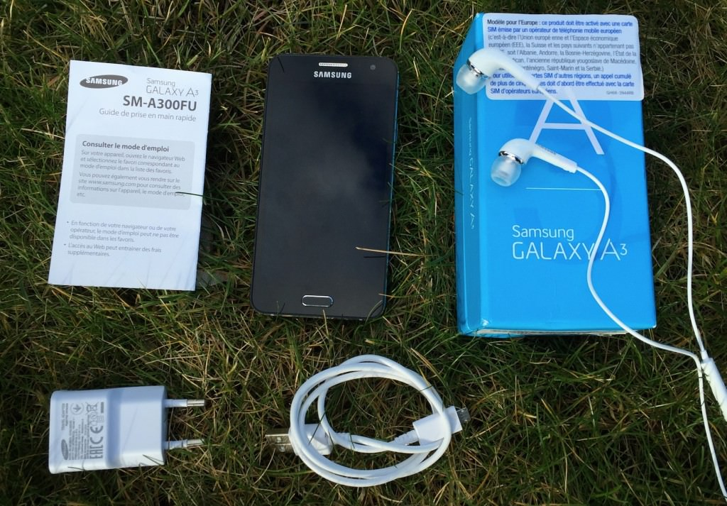 Unboxing-Galaxy-A3