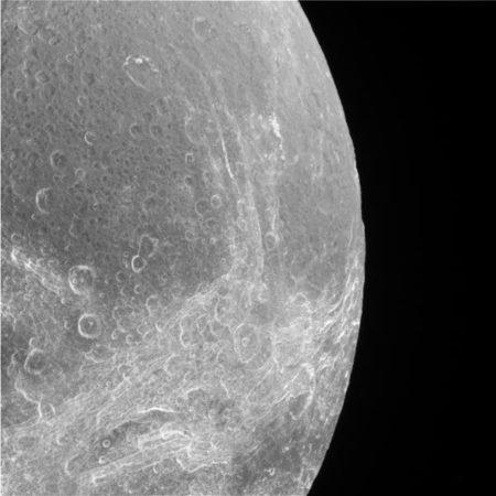 Dione 3