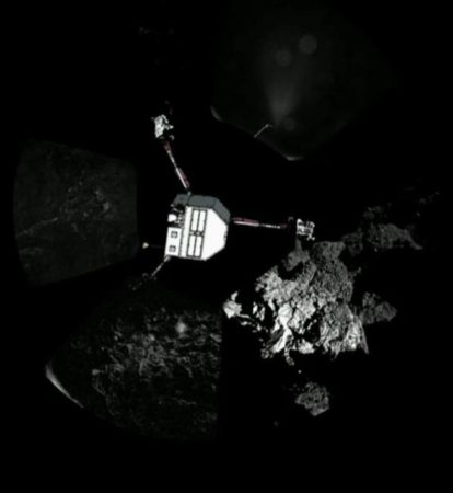 th_f0d1b92607_Philae_Atterrissage_Montage10_bonne