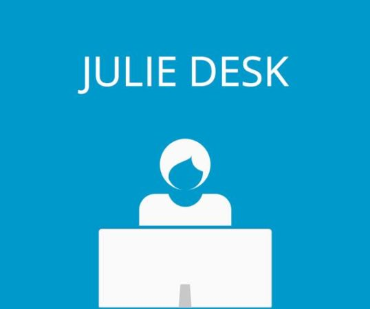 julie-desk-4