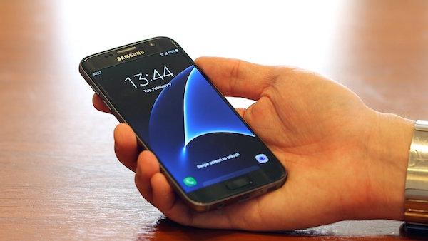 Galaxy S7 Gris Avant