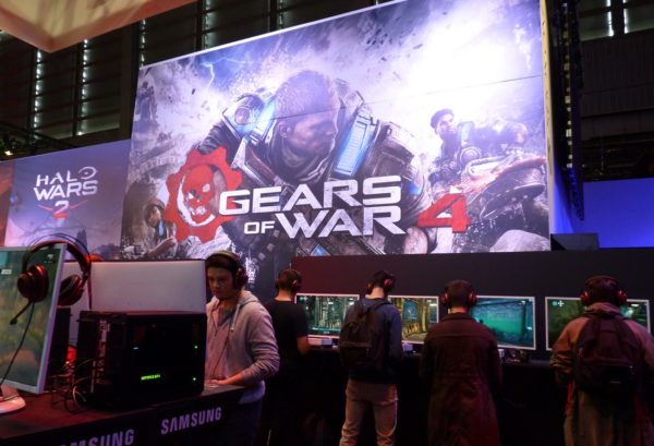 gears-of-war-4-pgw-2016