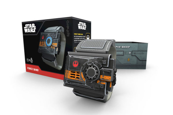 sphero-band-bb-8_and_fb_fb_box_layout-720x480-c