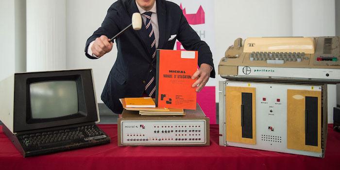 Le premier micro ordinateur sera propos aux ench res en france le mois proch - Invention premier ordinateur ...