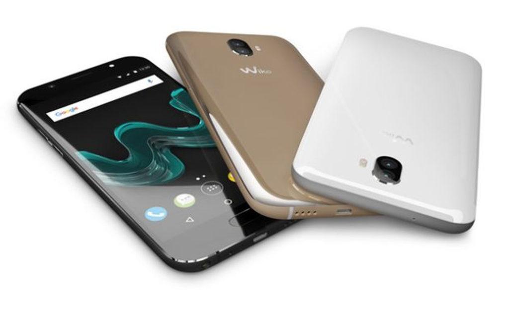 Wiko d voile enfin des smartphones presque hauts de for Housse wiko wim lite