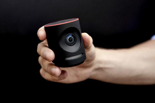 Comme toutes les caméras conçues pour le streaming-live, la Mevo Plus peut  diffuser les vidéos sur les principales plateformes de partage comme  Facebook, ... bb8c992c9912