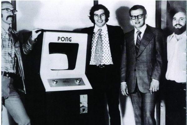 premier jeu électronique