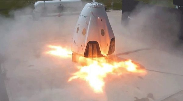 SpaceX Falcon - Page 7 Crew-dragon-explosion-600x330