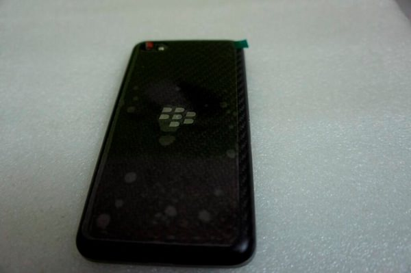 BlackBerry A10 Face Arriere Fuite
