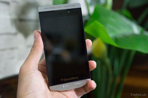 BlackBerry 10 Porsche Design