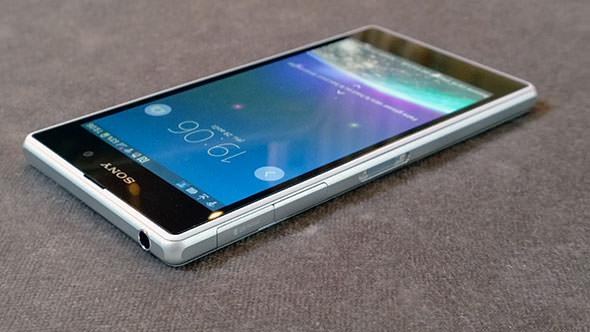 sony-xperia-z1-smartphone-04