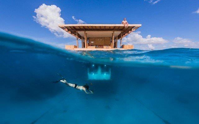 Under-Water-Room