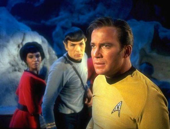 Kirk Shatner 593x450