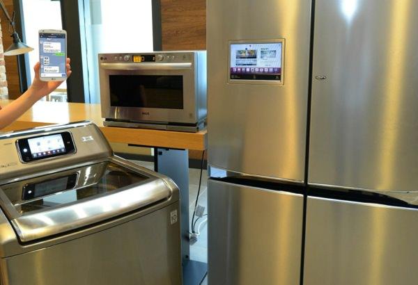 LG HomeChat Frigo Machine Micro-Ondes