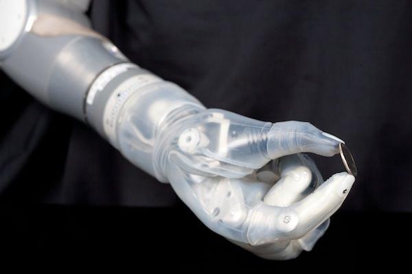 prosthese bras 2