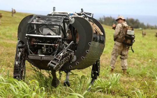 US-Marines-Alphadog