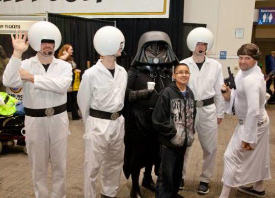 th_IMG_2939-Wizard-World-Sacramento-Comic-Con