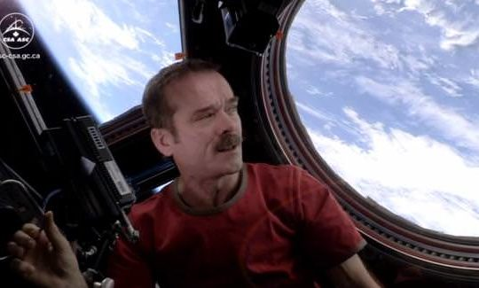 th_Chris-Hadfield-Space-Oddity-1