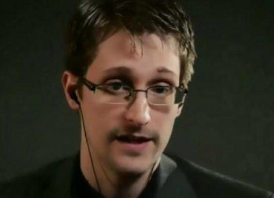 th_1310-Snowden