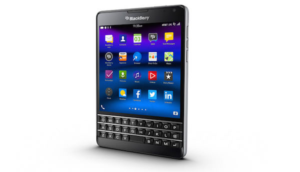 BlackBerry Passport ATT Coins Arrondis