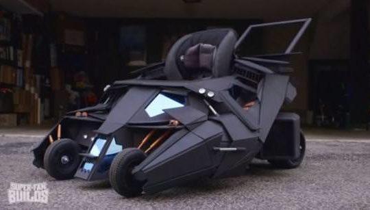 th_batmobile-stroller-820×420
