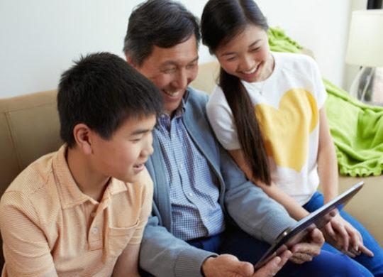 Tablette Famille Enfants Parent