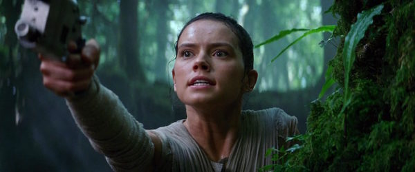 Star Wars Reveil Force Rey Daisy Ridley