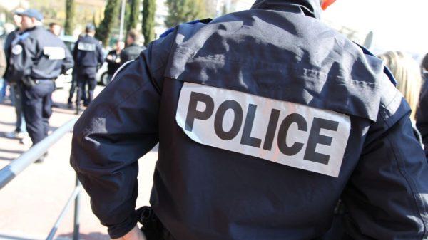 th_des-policiers-le-28-fevrier-2012-a-nice_4577766
