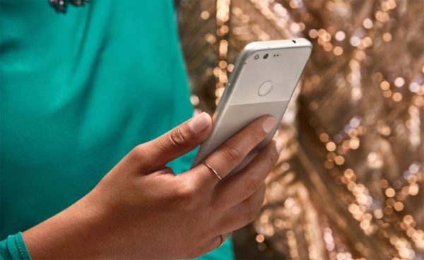 google-pixel-arriere-capteur-empreintes