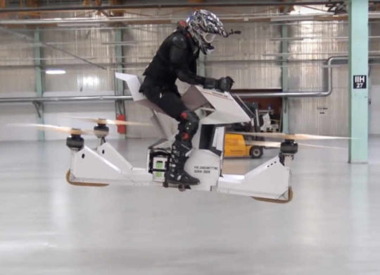 Hoversurf-Scorpion-3-Hoverbike-Demonstrated