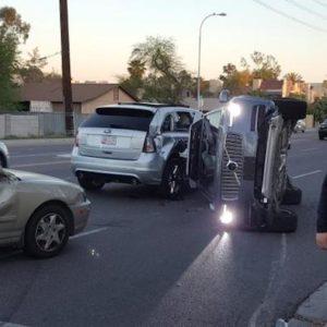 Voiture autonome : Uber suspend ses essais suite à un accident sur la route