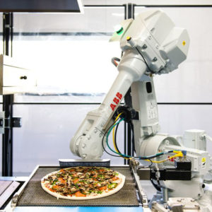 Doughbot, le robot pizzaïolo qui bientôt vous préparera votre «trois fromages»