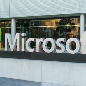 Microsoft boucle son trimestre en doublant son bénéfice net et ses revenus pour le cloud