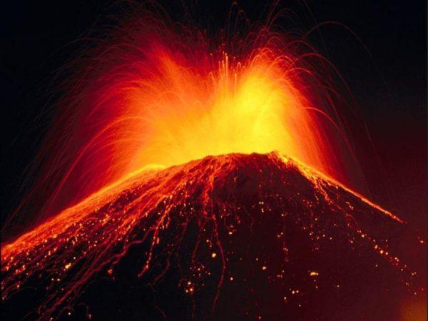 Eruption Volcanique 600x450