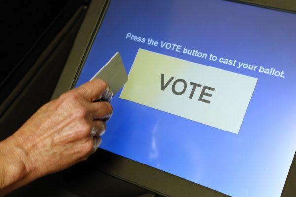 VOTING MACHINE 600x400