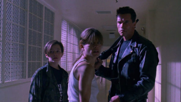 Arnold Schwarzenegger The Terminator Linda 600x337