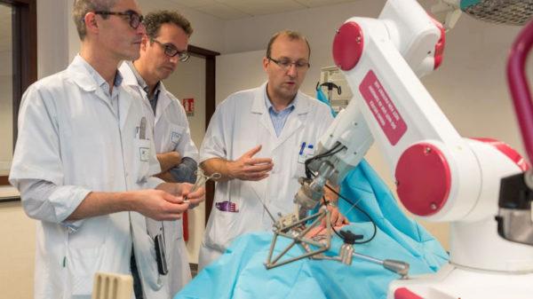 Rosa Robot Amiens Operation 600x337