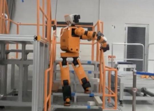honda_e2-dr_robot_3
