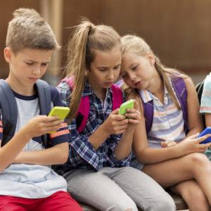 Image article 40% des enfants de moins de 13 ans utilisent les réseaux sociaux, alors qu'ils n'ont pas le droit