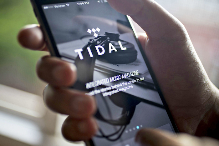 Tidal Application IPhone