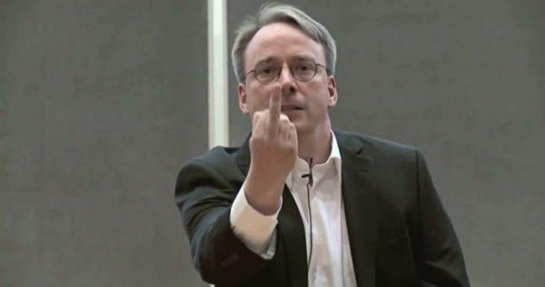 Linus Torvalds The Bird 796x419 600x316