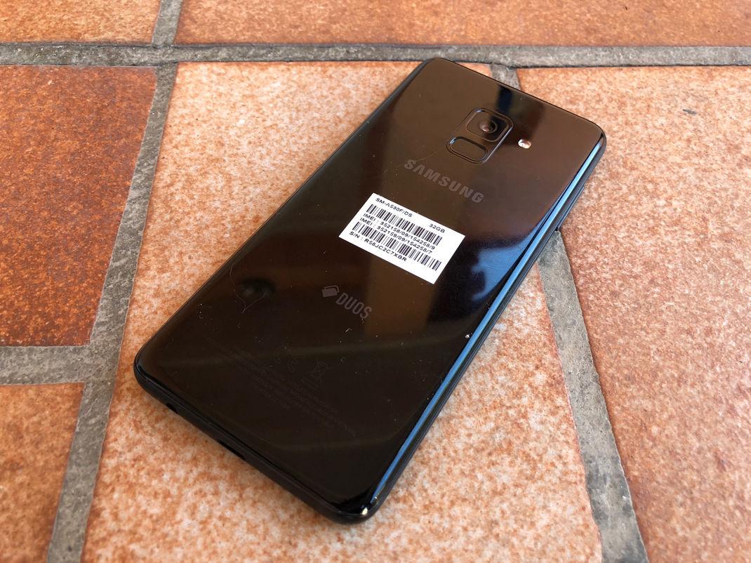Samsung A8 2018 1