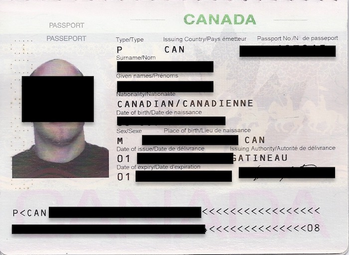 FedEx Carte Identite Volee