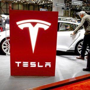 Image article Tesla pourrait ouvrir des «Centres» pour éviter les lois sur les concessions