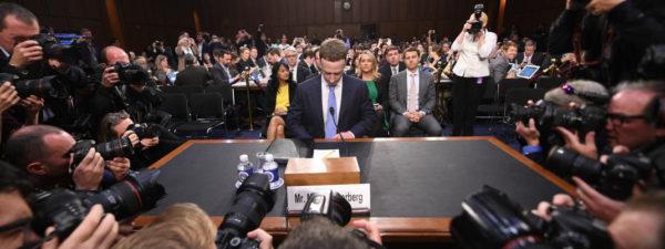 Zuckerberg Senateurs US 600x225