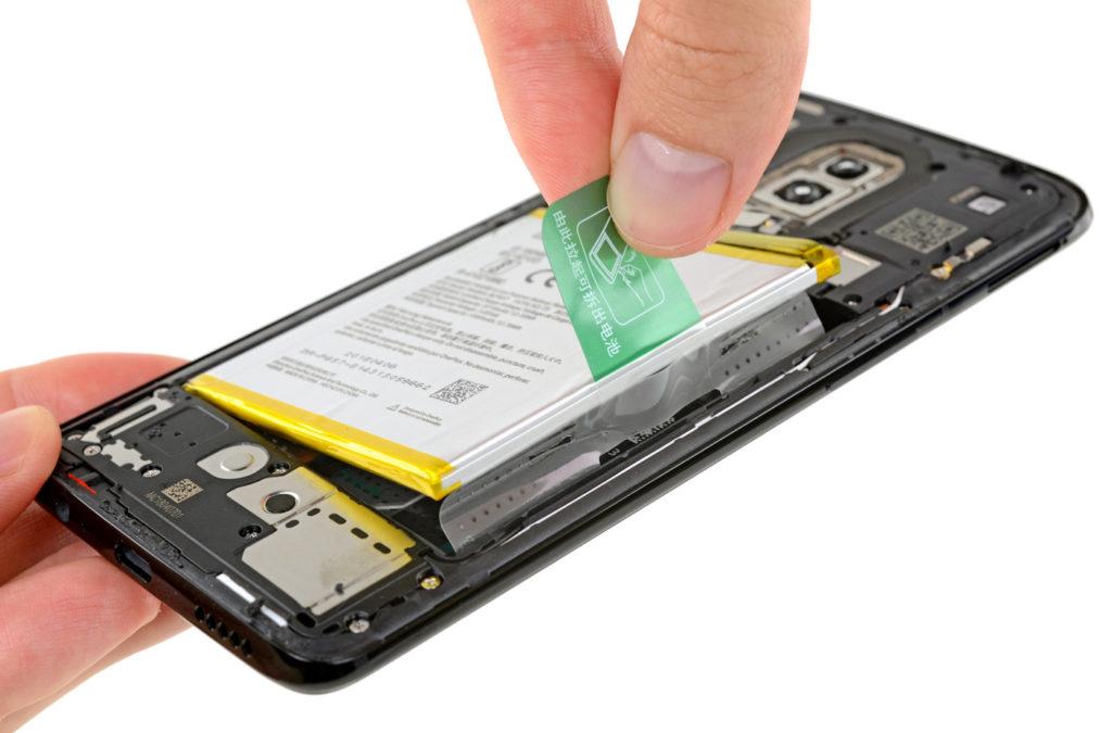 OnePlus 6 Batterie Demontage 1024x675