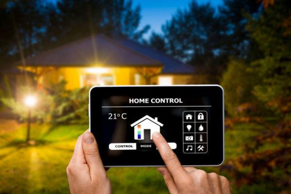 Home Control 600x400