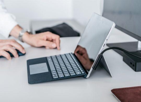 Microsoft Surface Go Et Clavier Profil
