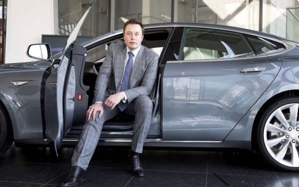 Elon Musk 600x375