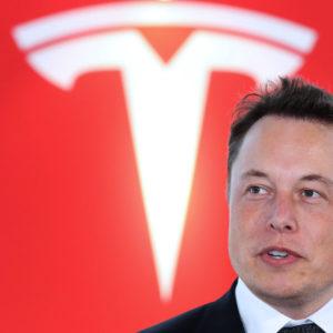 Image article Tesla : une voiture 100% autonome arrive cette année, promet Elon Musk